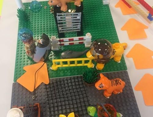 Työpajan innostus nousi kummasti, kun kaivettiin legot esiin.